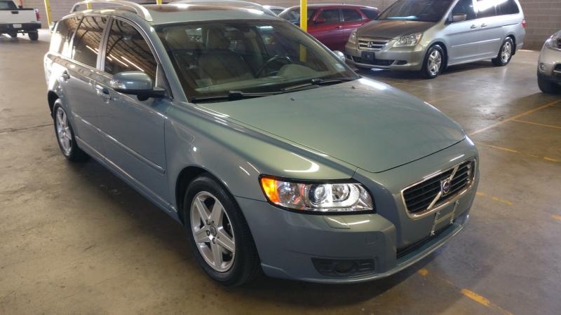 Volvo V50 2008 price $3,995 Cash