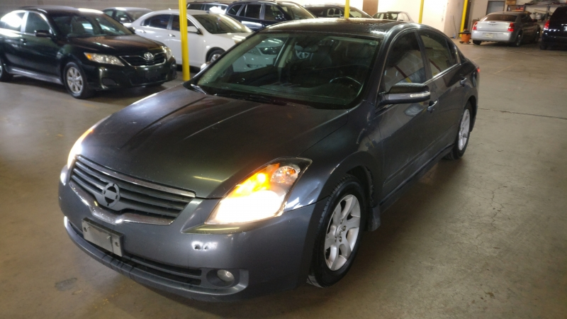 Nissan Altima 2007 price $3,995 Cash