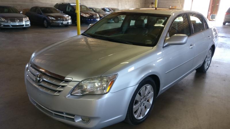 Toyota Avalon 2006 price $4,995 Cash