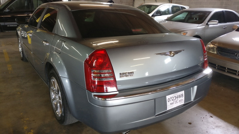 Chrysler 300 2007 price $7,750 Cash