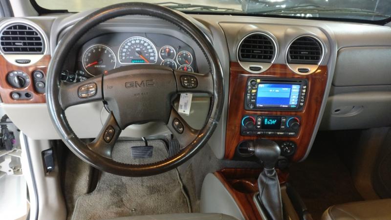 GMC Envoy 2004 price $4,495 Cash