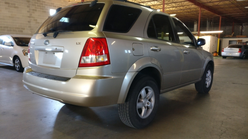 Kia Sorento 2006 price $4,995 Cash