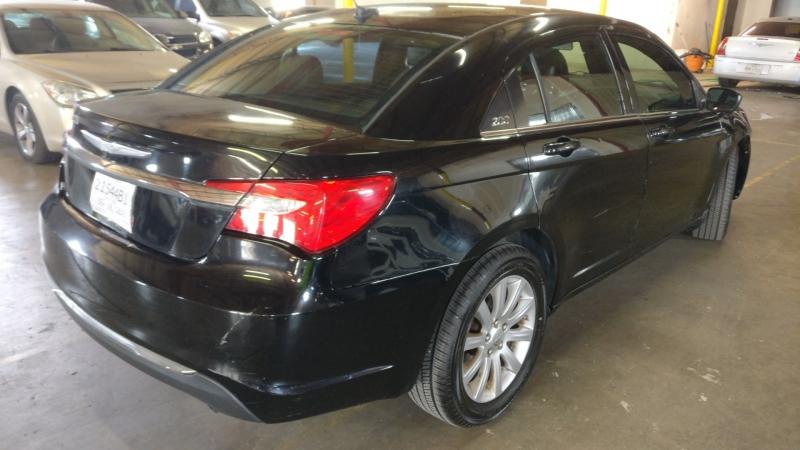 Chrysler 200 2012 price $4,995 Cash