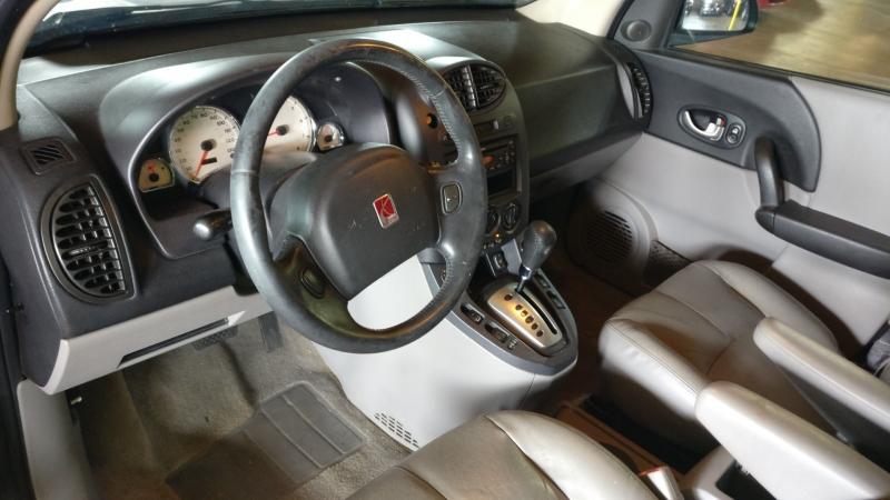 Saturn VUE 2005 price $3,495 Cash