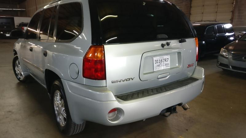 GMC Envoy 2008 price $3,995 Cash