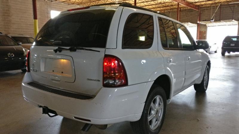 Oldsmobile Bravada 2004 price $1,995 Cash