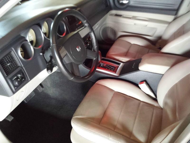 Dodge Magnum 2005 price $3,995 Cash