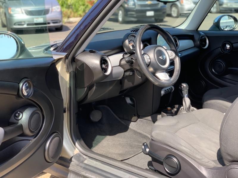 Mini Cooper Hardtop 2007 price $6,995