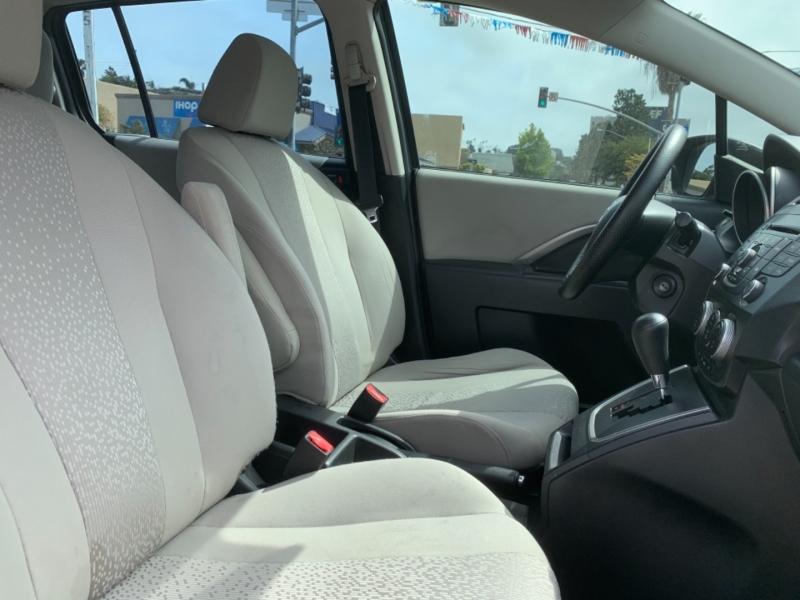 Mazda Mazda5 2012 price $7,995