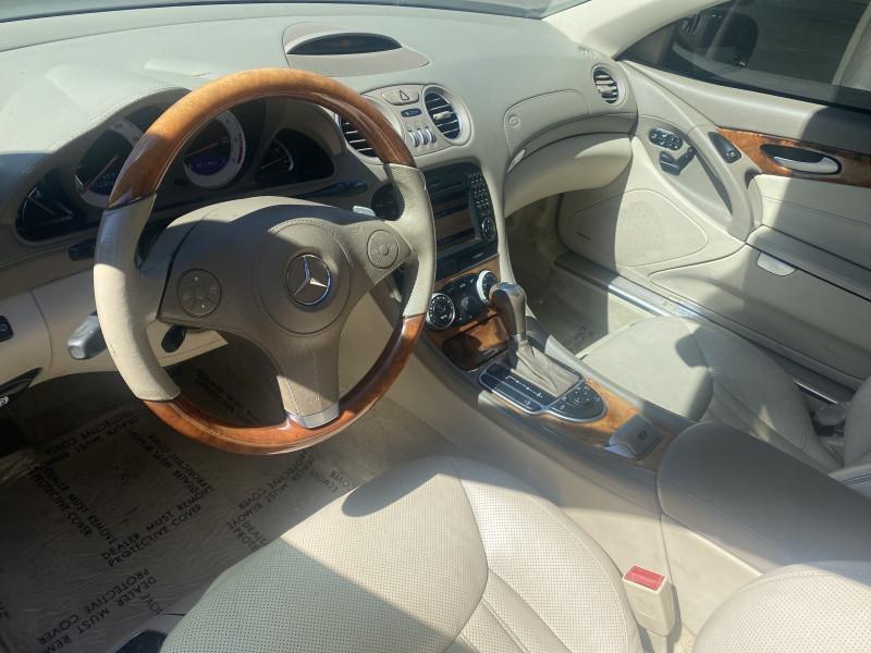 Mercedes-Benz SL-Class 2009 price $18,995