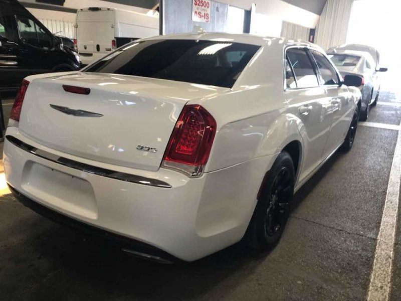 CHRYSLER 300 2015 price $14,863