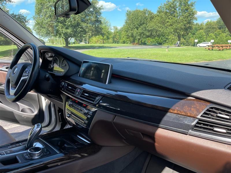 BMW X5 2014 price $24,695