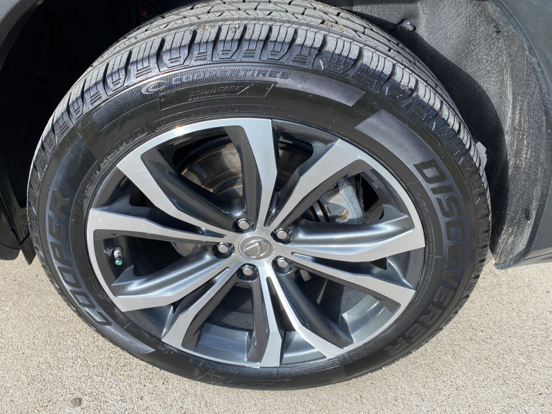 Lexus RX 450h 2016 price $29,900