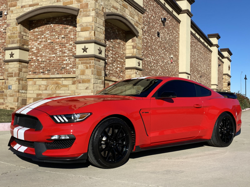 Ford Mustang 2019 price $58,991