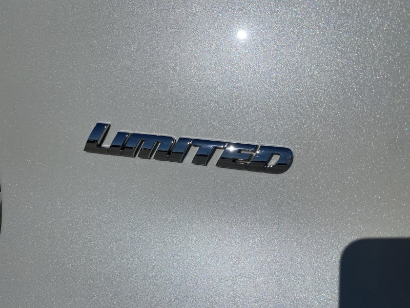 Toyota 4Runner 2016 price $31,800