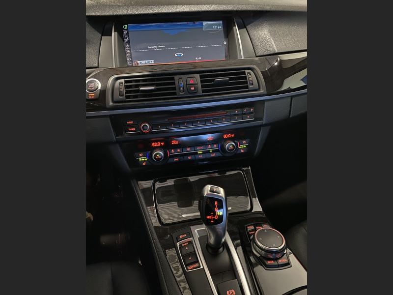 BMW 5-Series 2015 price $17,591