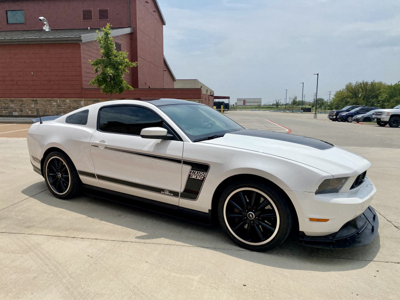 Ford Mustang 2012 price $35,991