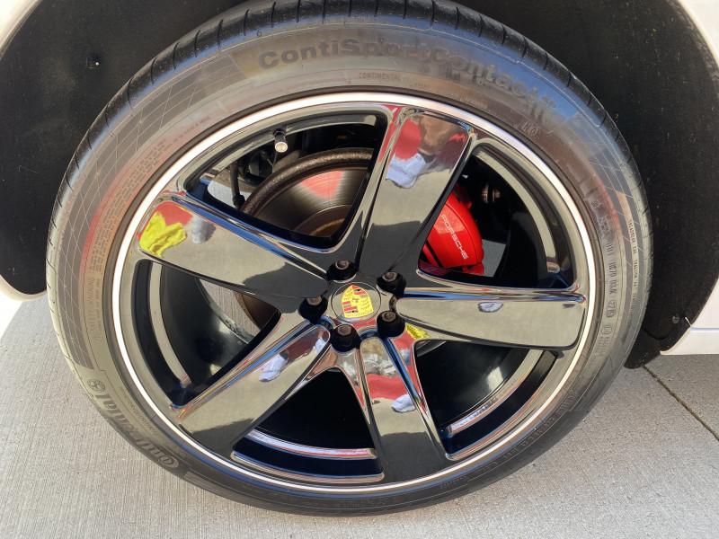 Porsche Macan 2017 price $62,991