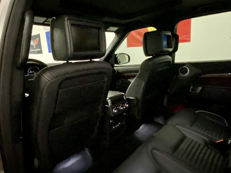 Land Rover Discovery 2017 price $49,990
