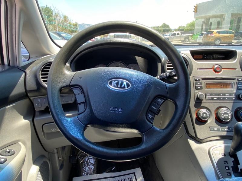 Kia Rondo 2007 price $8,995