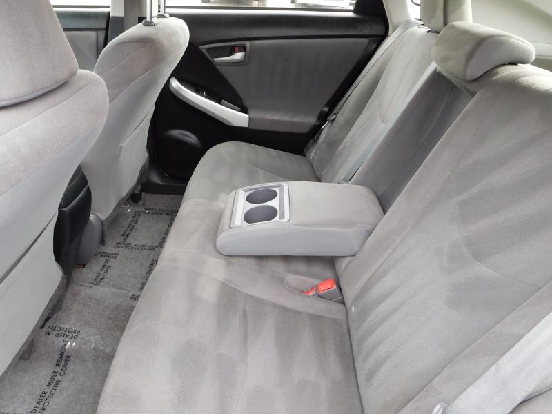 Toyota Prius 2015 price $11,995