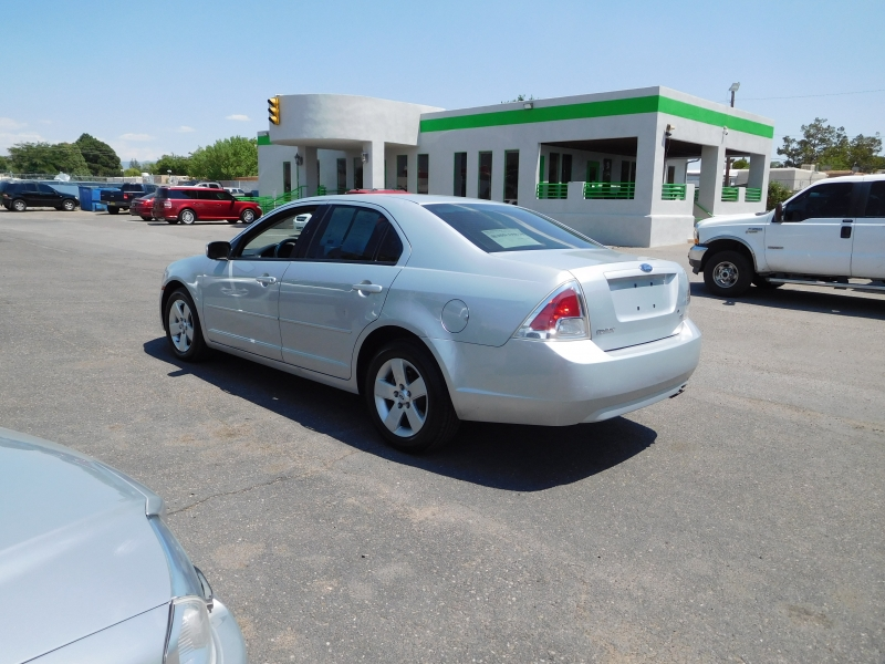 Ford Fusion 2006 price $7,995