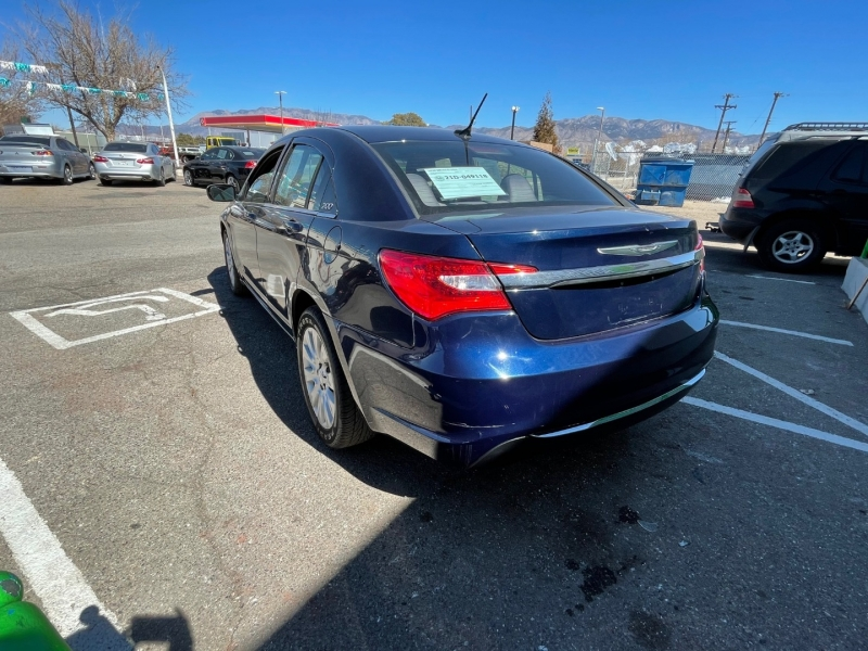 Chrysler 200 2013 price $9,995