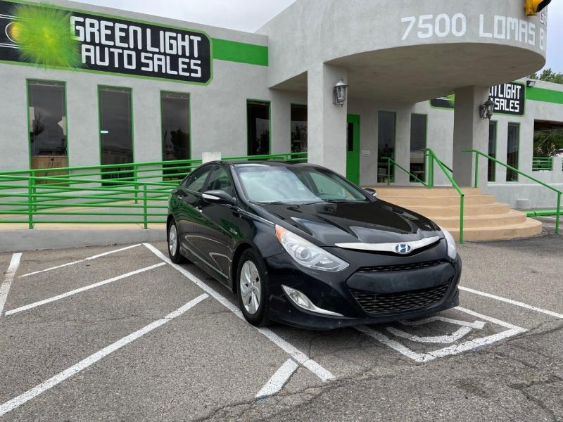 Hyundai Sonata Hybrid 2014 price $9,995