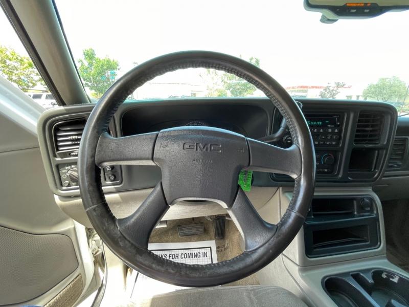 GMC Yukon 2003 price $9,995