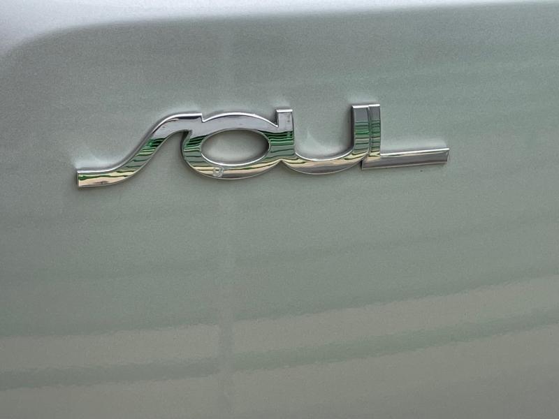 Kia Soul 2011 price $9,995