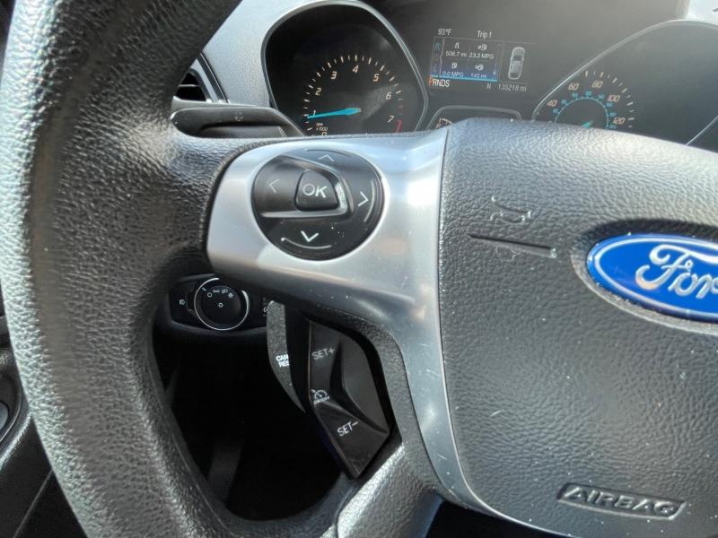 Ford Escape 2016 price $15,995