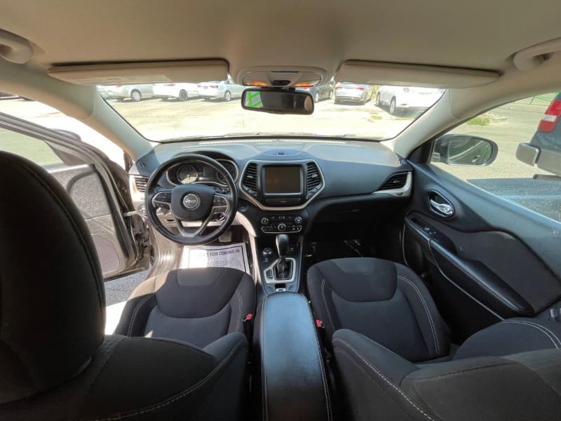 Jeep Cherokee 2016 price $17,995