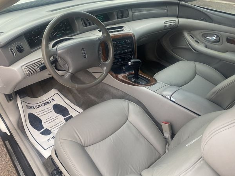 Lincoln Mark VIII 1998 price $3,400