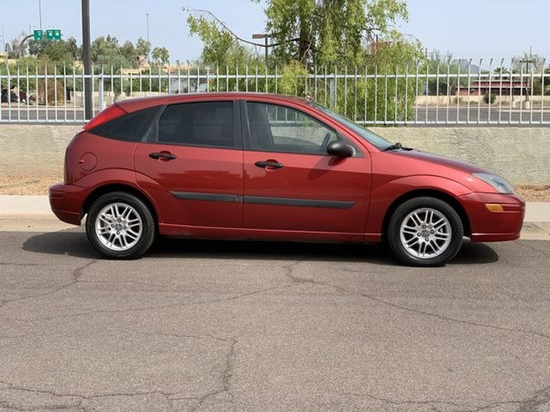 Ford Focus 2003 price $1,800