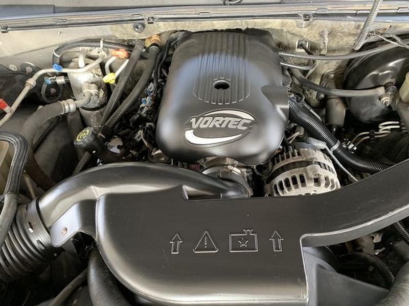 Chevrolet Tahoe 2002 price $5,500