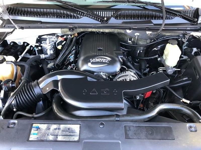 Chevrolet Tahoe 2002 price $7,500