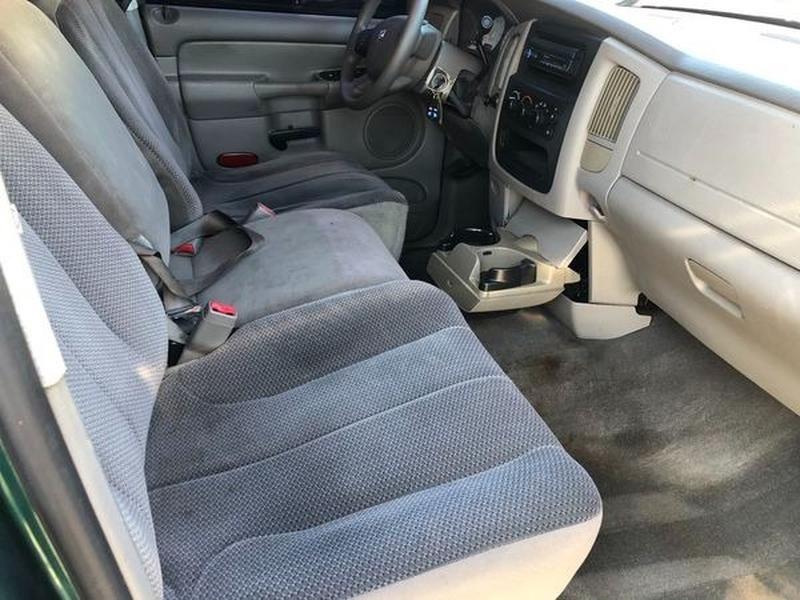 Dodge Ram 1500 2004 price $4,500