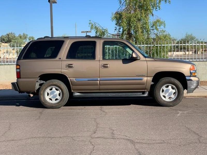 GMC Yukon 2004 price $6,800