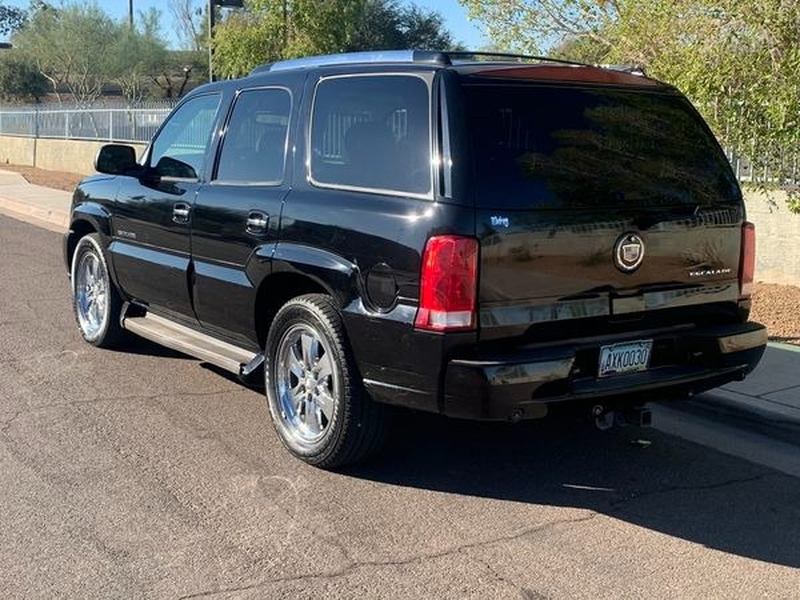 Cadillac Escalade 2006 price $8,500