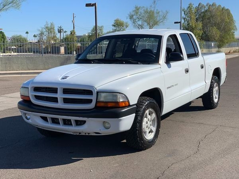 Dodge Dakota 2002 price $4,200