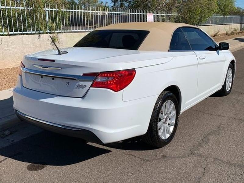 Chrysler 200 2014 price $5,800