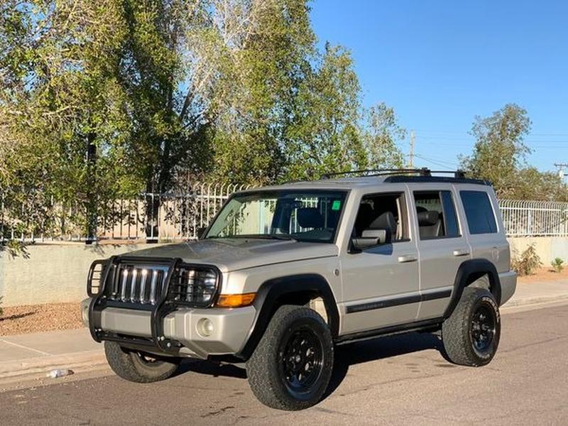 Jeep Commander 2008 price $8,500