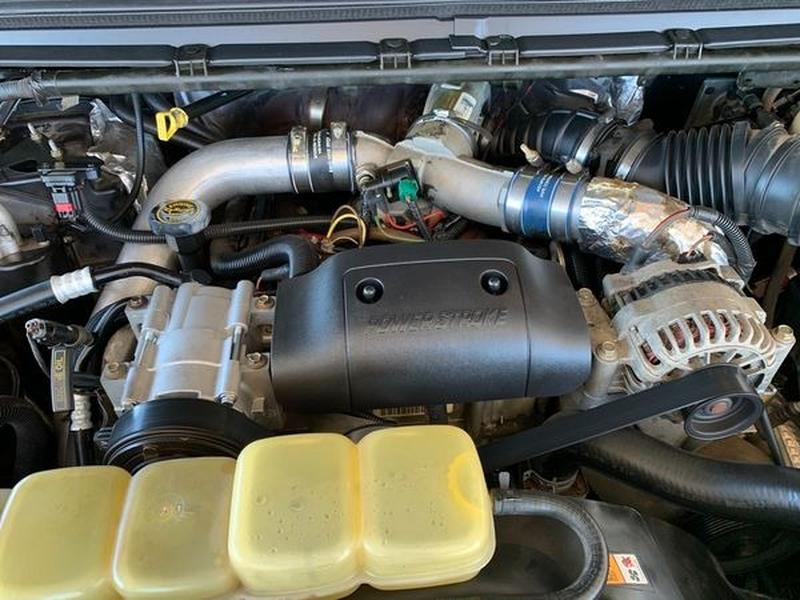 Ford Super Duty F-350 SRW 2001 price $12,500