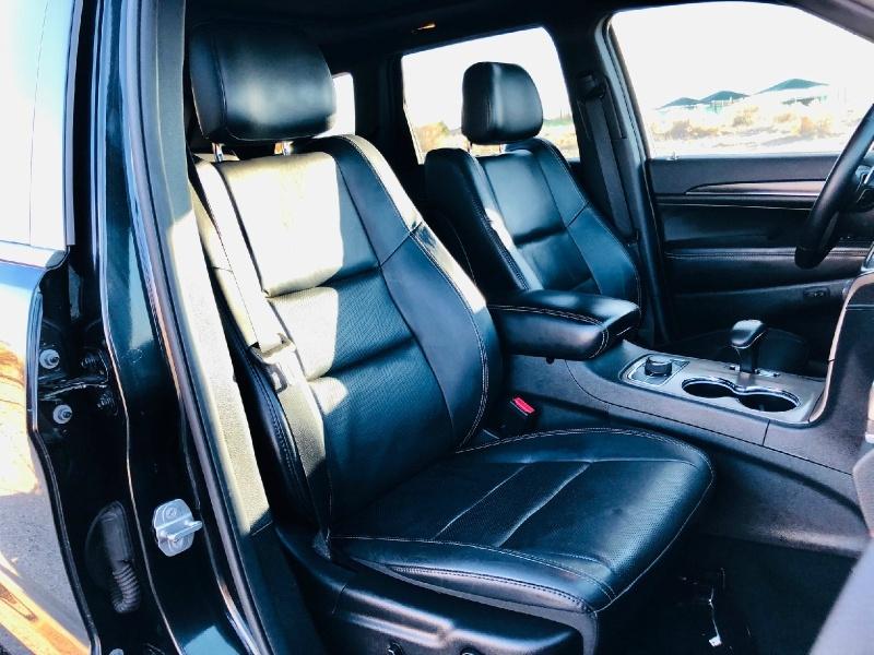 Jeep Grand Cherokee 2015 price $21,940