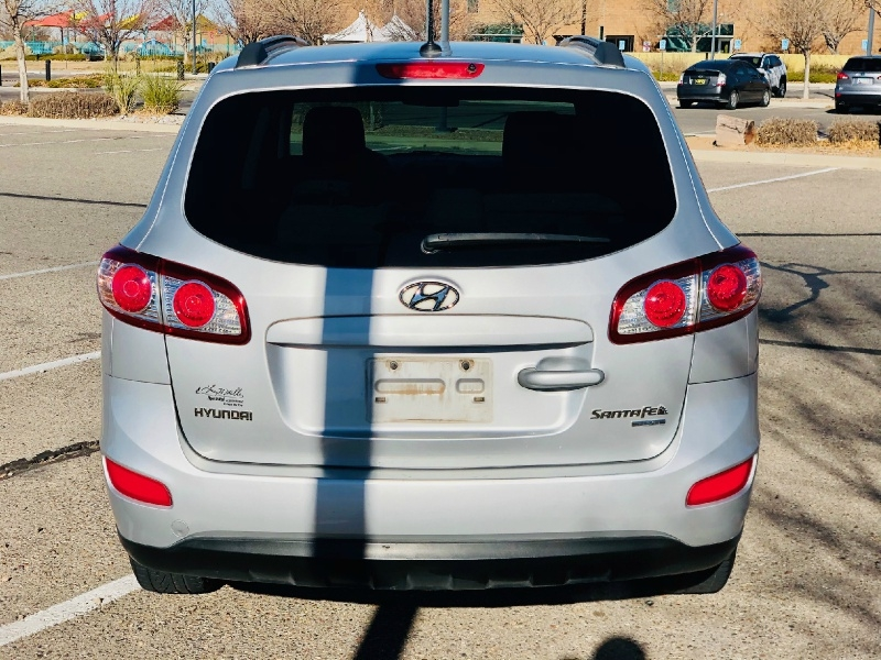 Hyundai Santa Fe 2011 price $6,895