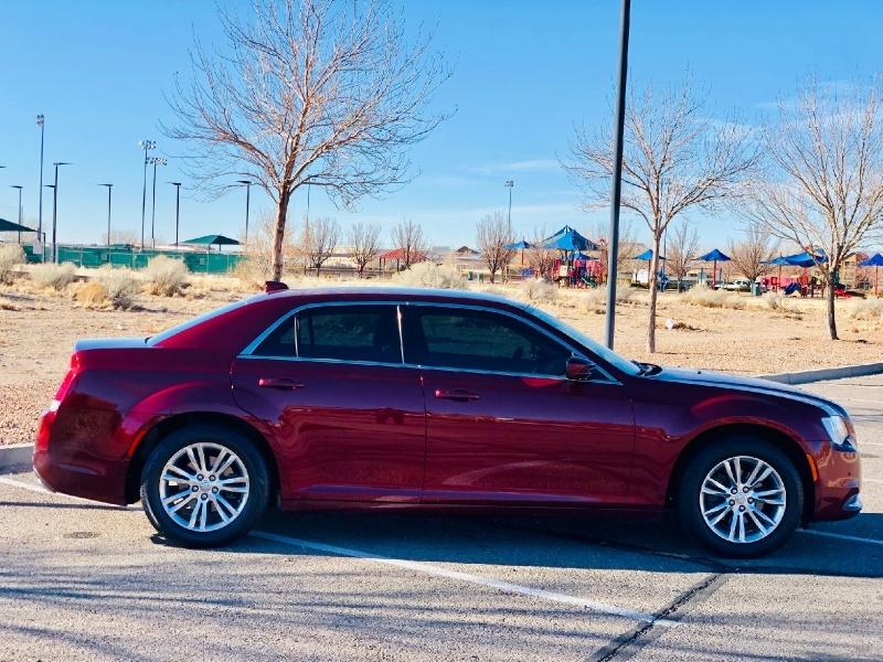 Chrysler 300 2016 price $14,950