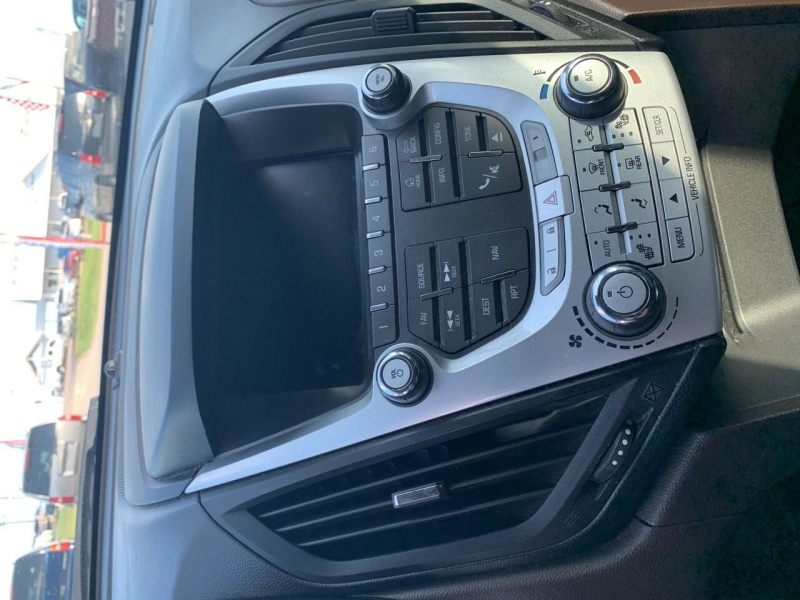 Chevrolet Equinox 2012 price $10,900