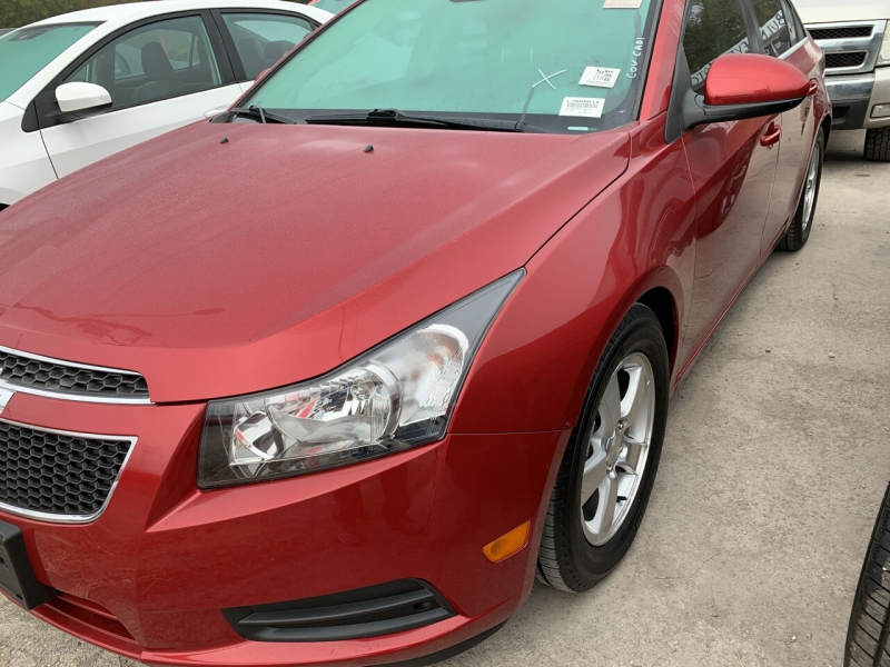 Chevrolet Cruze 2013 price $8,900