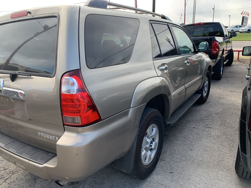 Toyota 4Runner 2006 price $9,850