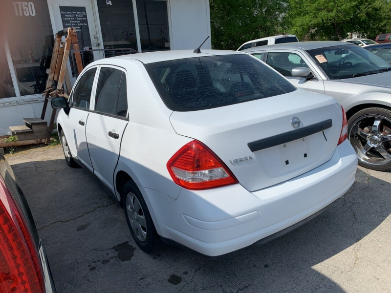 Nissan Versa 2009 price $4,900